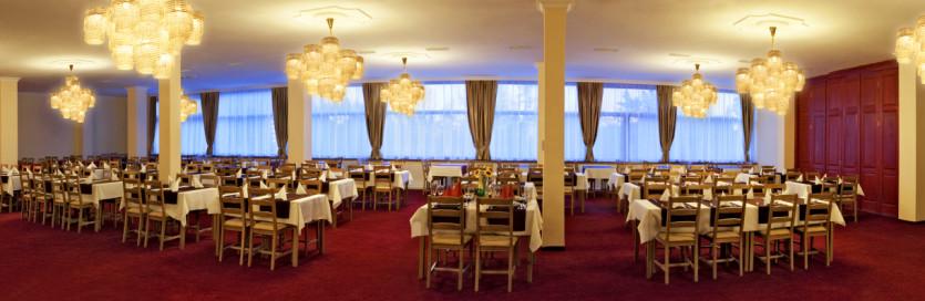 Reštaurácia, hotel SLOVAN*** Tatranská Lomnica
