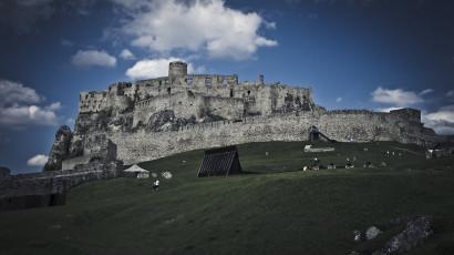 Spišský hrad - pohľad z hradného nádvoria